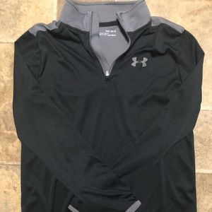 Boys black Under Armour pullover. Size Youth XL
